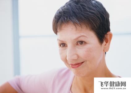 中年妇女罹患湿疹样癌怎么办