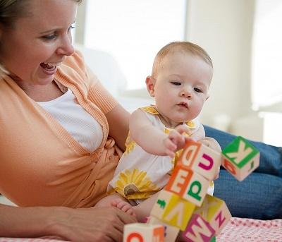 婴儿脑瘫症状表现