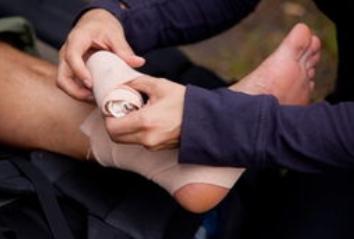 脚软组织损伤手术多少钱