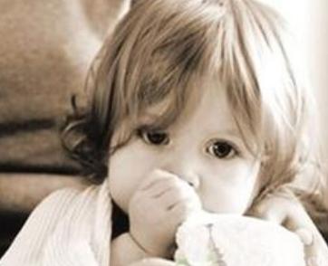 小兒感冒發作的原因是什么