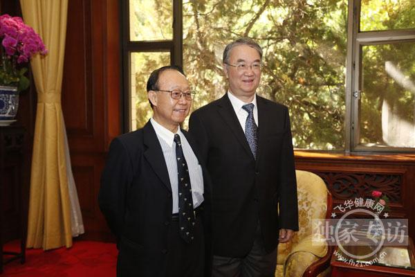 马剑文:创立中国药学发展奖和药学发展基金
