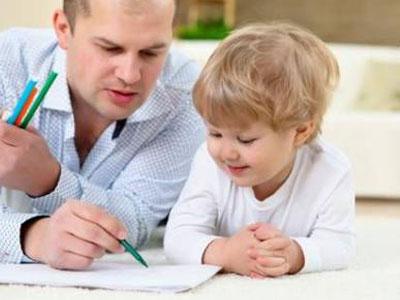 孩子并不是像育儿书里那样长大的
