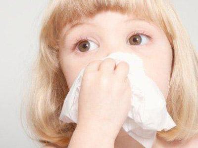 孩子感冒咳嗽先祛痰还是先止咳?