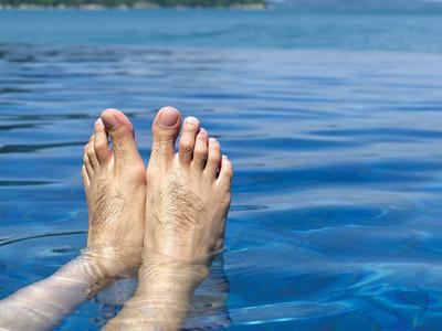 脚汗味特别大预示什么疾病