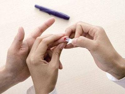 自己测血糖的时候要注意什么