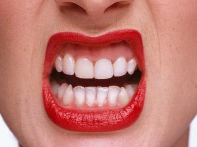 口中经常发涩预示什么疾病
