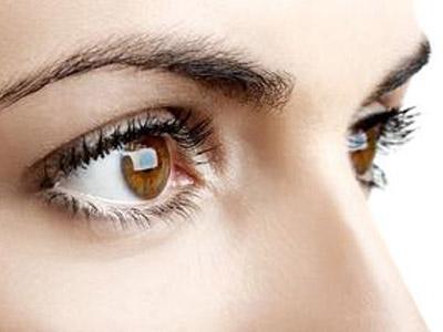 怎样按摩能够缓解白领眼疲劳