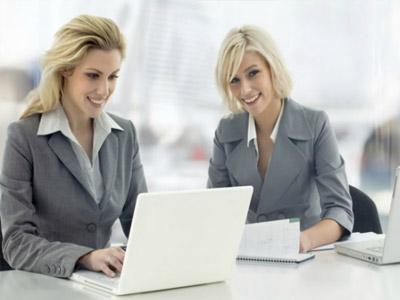 在职场如何更有女人味儿?