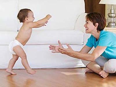 宝宝学走路应该注意什么问题?