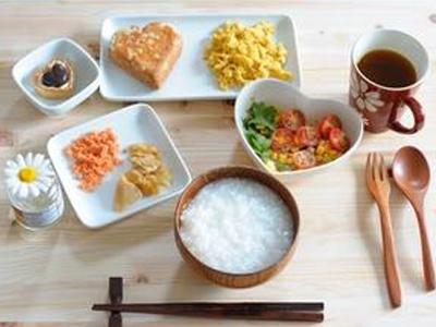 如何通过饮食来排出体内毒素