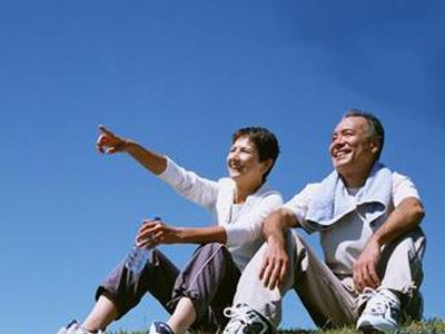 老人按摩乳房可以缓解衰老吗