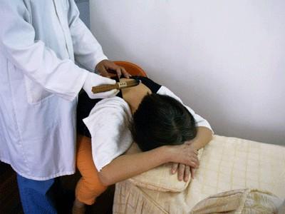 中医热灸可以治疗女性宫寒吗