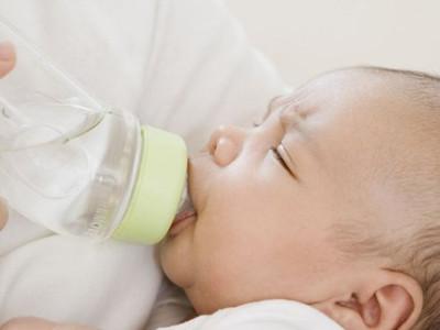 寶寶驗尿用空腹