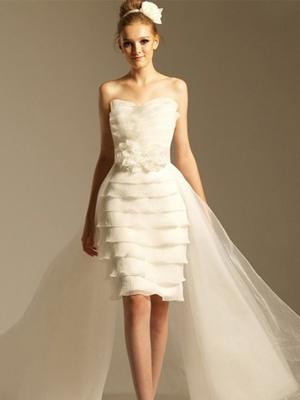 娇小新娘如何选择婚纱