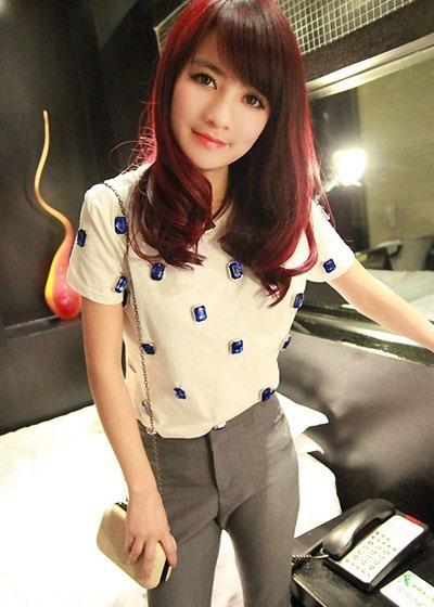韩版T恤搭瘦裤好看吗