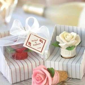 甜蜜花朵造型新婚用品