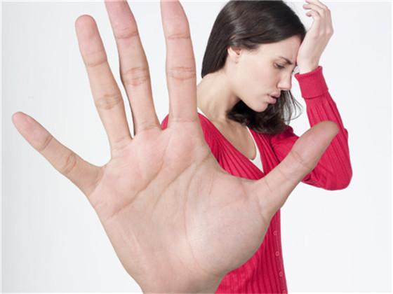 高血压发作的表现是什么