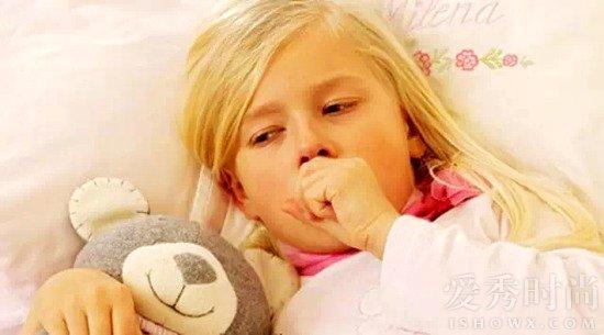 小孩咳嗽图片可爱