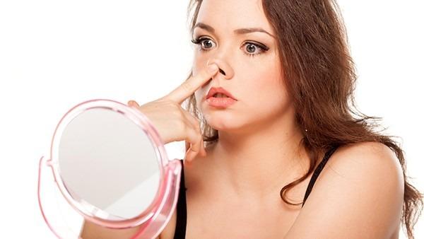 新乡白癜风专业医院:如何护理女性脸部白癜风