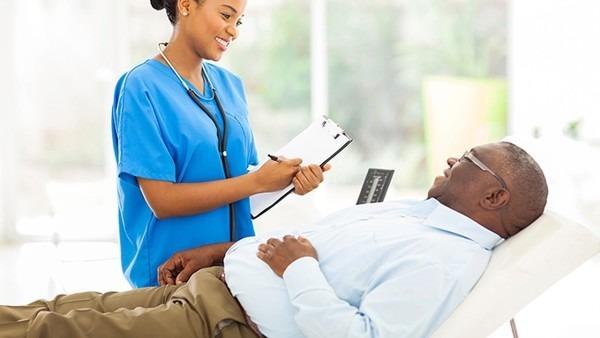 云南白癜风医院:成年人白癜风该如何治疗和饮食