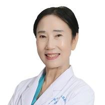 上海和平眼科医院翟爱琴副主任医师