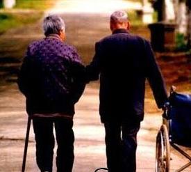 別讓父母出現癡呆線 早老性癡呆的癥狀有哪些