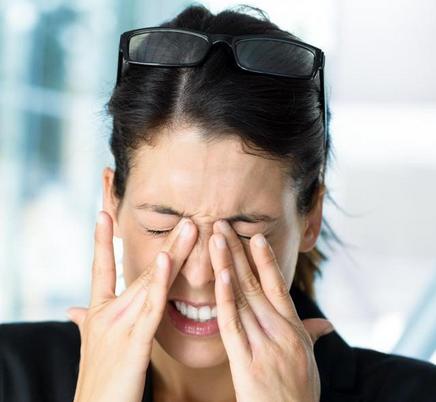 膜型面肌痉挛症状