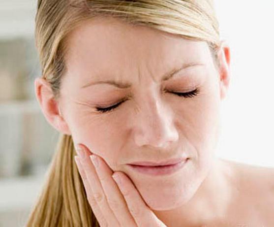 面肌痉挛按摩治疗
