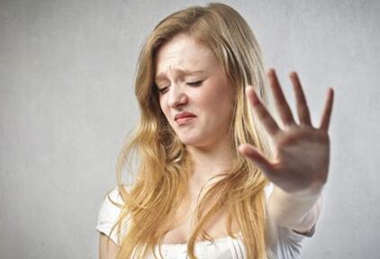 女人闭经后呕吐是怀孕了吗
