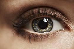 老年人视网膜脱落原因有哪些呢
