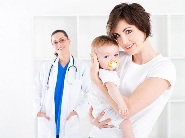 宝宝患上足癣如何治疗