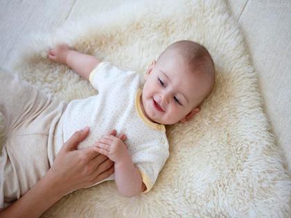 癫痫病的早期症状是_解读:宝宝癫痫病因和症状-1 - 飞华健康网