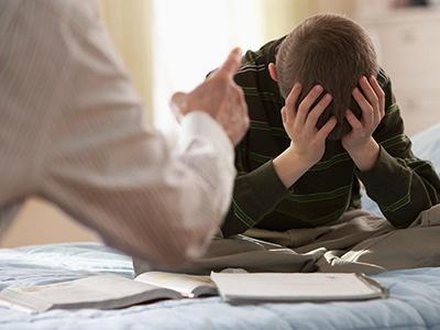 中学男老师暴打女学生孩子造成心理阴影